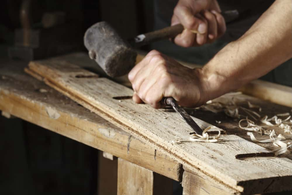How to Use a Wood Chisel: A Basic Guide
