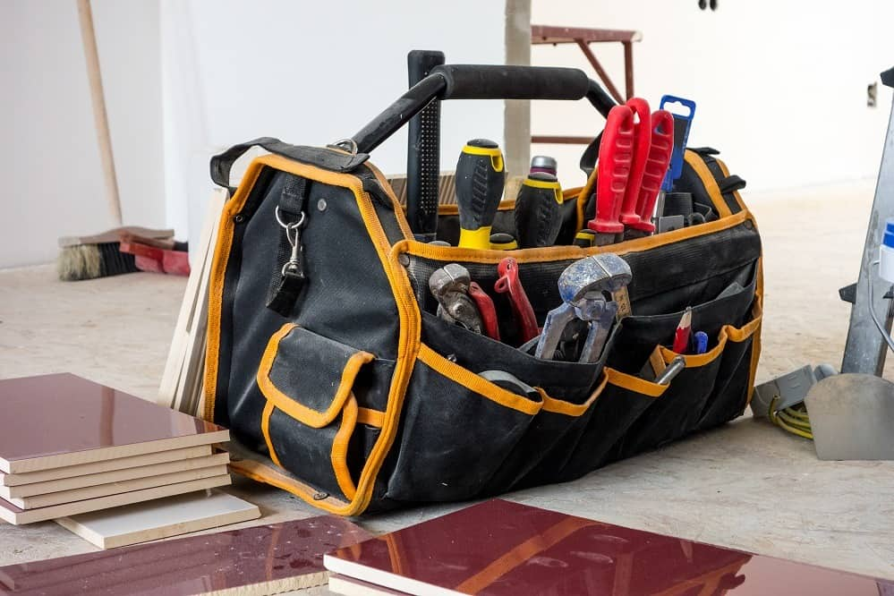 Internet's Best Electricians Tool Bag: Is It Worth Buying?